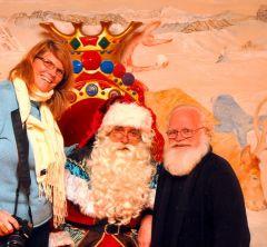 Pere Noel with Bestemor And Santa