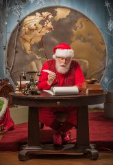 Santa reads and answers letters