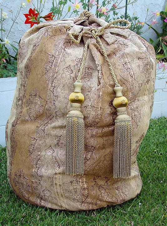 Santa Dreggors' Bag