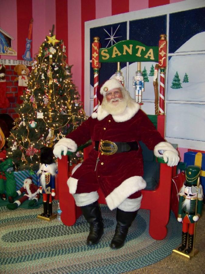 Santa & Chair2.jpg