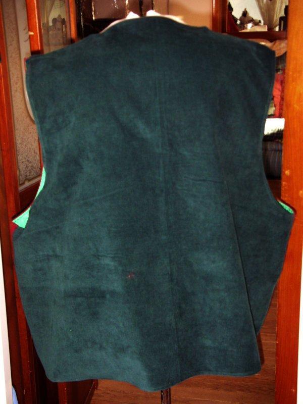 Back of Red/Green vest