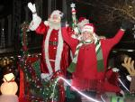Santa, Mrs. Claus And Diva The Elf Enter Castonguay Square