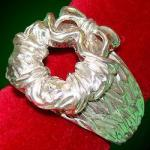 Miracle on 34th Street Wreath Replica Ring - Silver