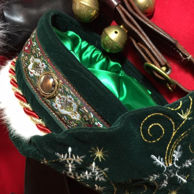 Santa's new green valvet hat