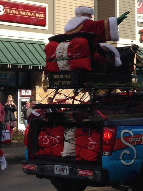 Back view of Santa on his sleigh, like the reindeer bags