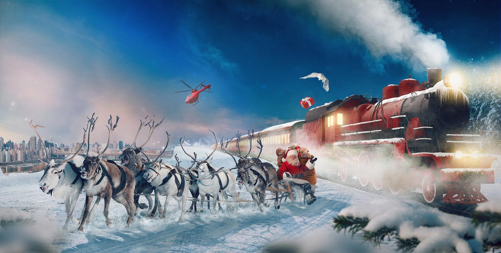 reindeer-chariot-santa-claus-gifts.jpg