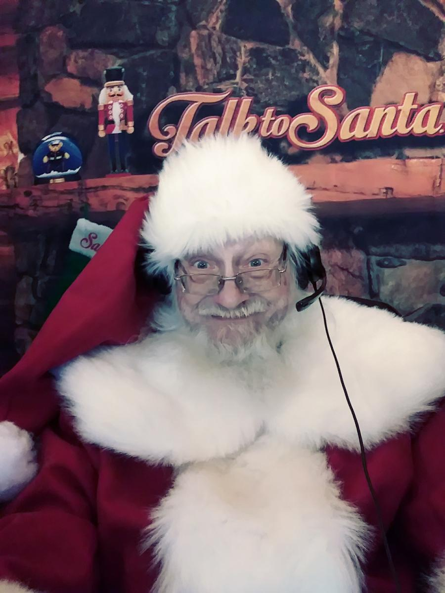 On The Air with Kris Kringle Kevin