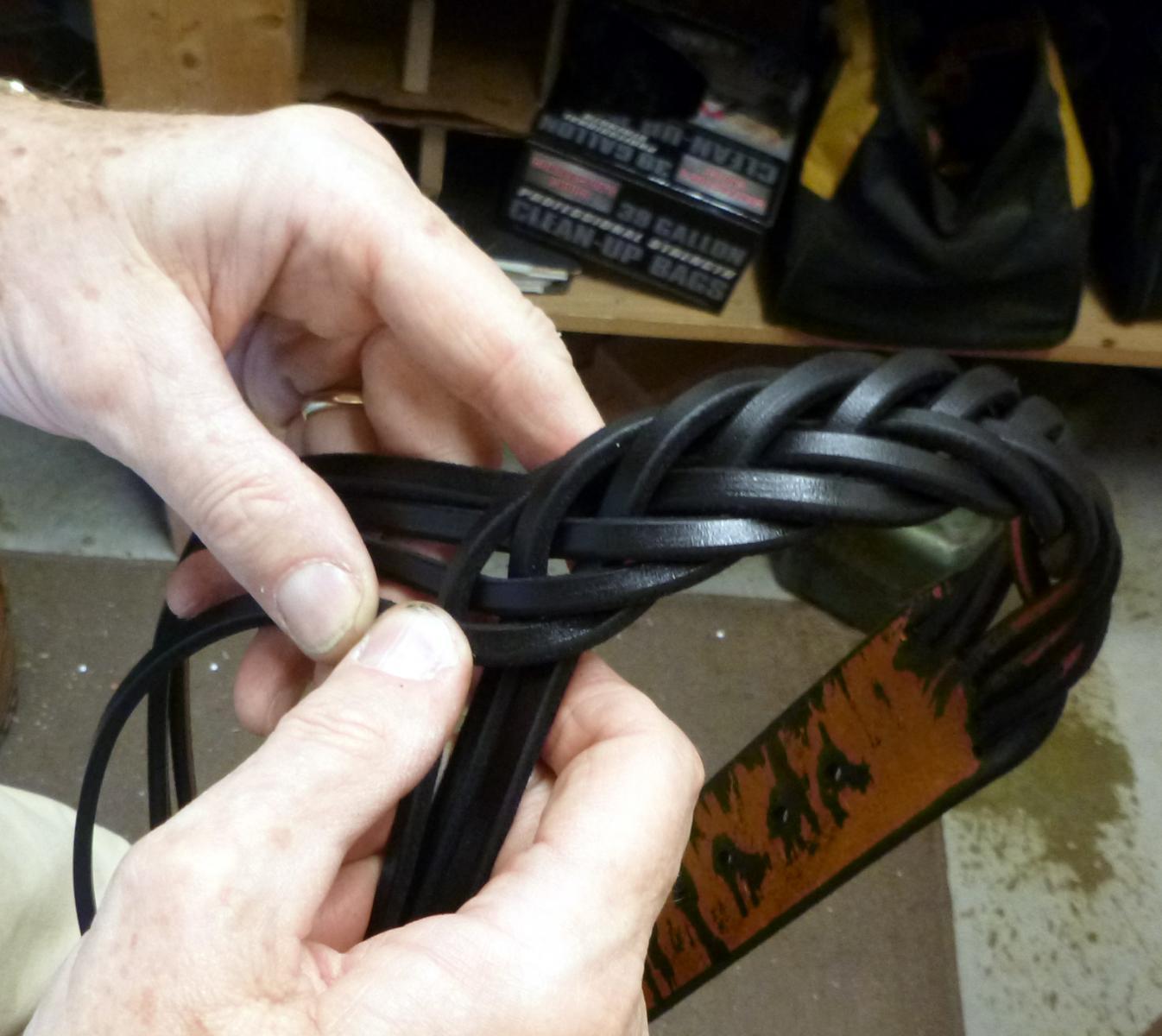 Braiding 7-way Belt473.JPG