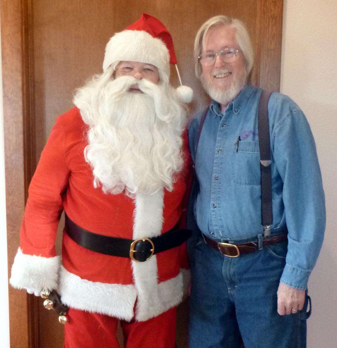 Santa Phil Carney and Helper2198b.JPG