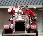 Santa Fire Truck 2019.jpg