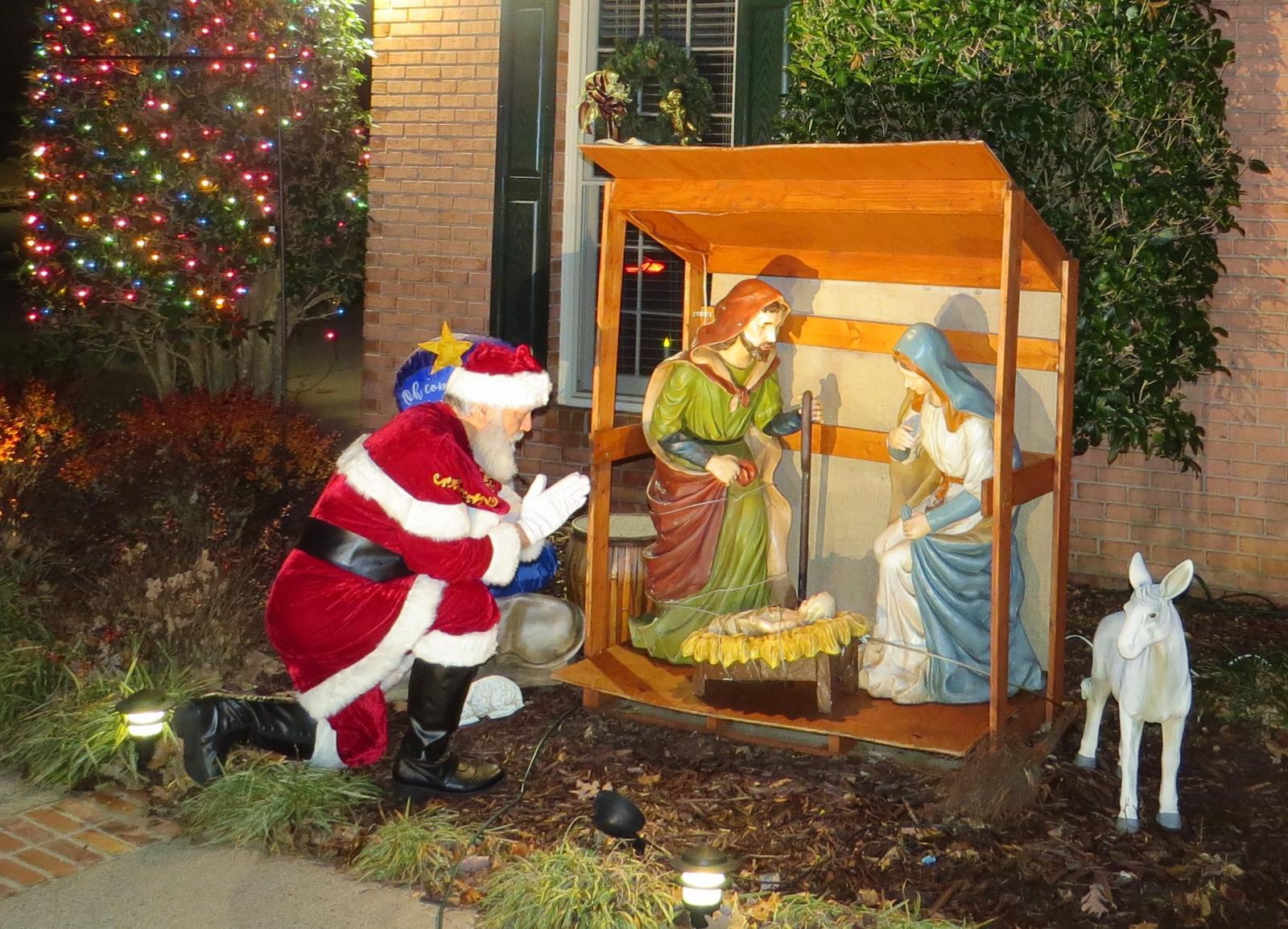 Santa Kneels.jpg