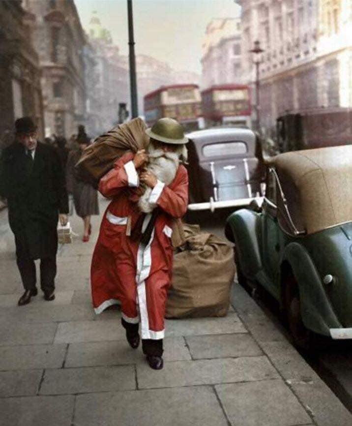 colorized 1940 London.jpg